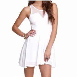 Kirra White Mesh Dress V Cut Dress Small